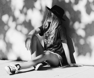black and white, converse, and street style image