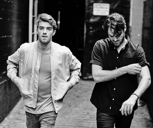 music and the chainsmokers image
