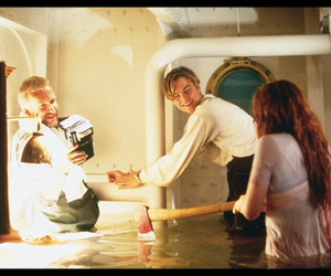 titanic, kate winslet, and James Cameron image