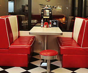 aesthetic, diner, and red image
