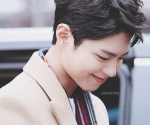 park bo gum, korean, and kpop image