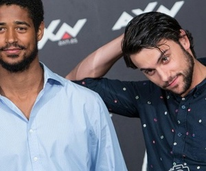alfred enoch and jack falahee image