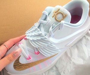 kd and shoe game image