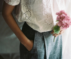 vintage, fashion, and flowers image