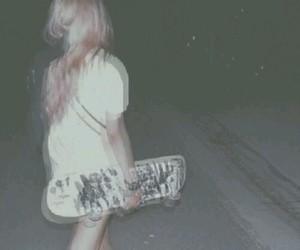 grunge, girl, and skateboard image