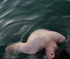 aesthetic, back, and lake image