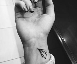 airplane, tatuagem, and aviao image