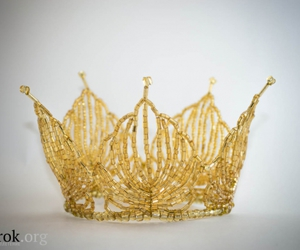 crown, diy, and golden image