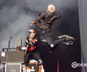 one ok rock and 10969 image