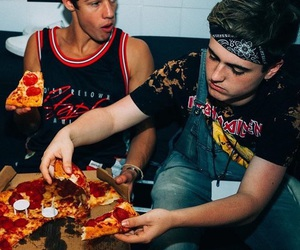 pizza, magcon, and cameron image