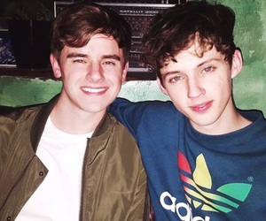 troye sivan, tronnor, and connor franta image