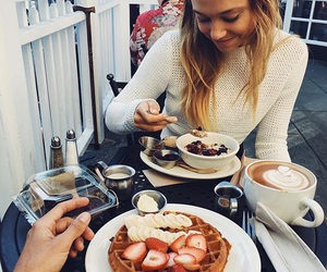 food, breakfast, and alexis ren image
