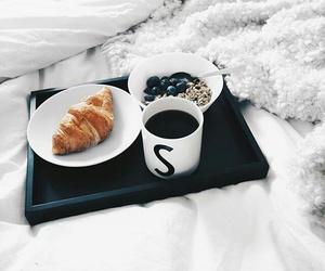 cafe, medialunas, and desayuno image