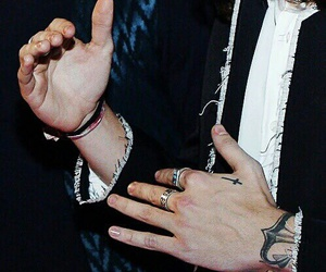 hands, Harry Styles, and harry image