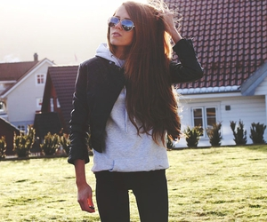 blog, sun, and sunglasses image