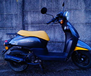 grey, milano, and scooter image
