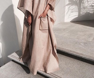 fashion, muslim, and abaya image