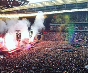 coldplay, coldplayer, and ahfodtour image