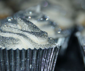 cupcake, cupcakes, and glitter image