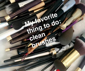 Brushes and snapchat image