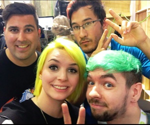 faves, youtube, and vidcon image