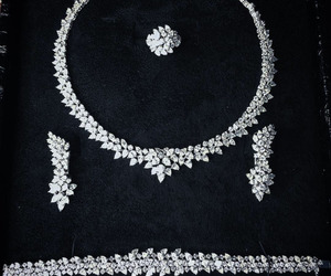 accessories and diamond image