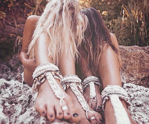 photography, best friends, and boho image