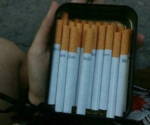 cigarrillo and cigarro image