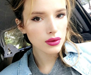 girl, snap, and bella thorne image