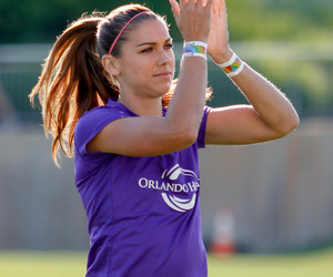uswnt, alex morgan, and womansoccer image