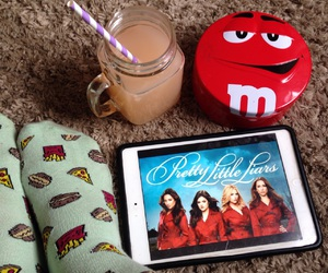 chill, m&m, and Sunday image