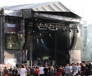 concert and download festival image