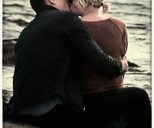 kiss, Taylor Swift, and tom hiddleston image