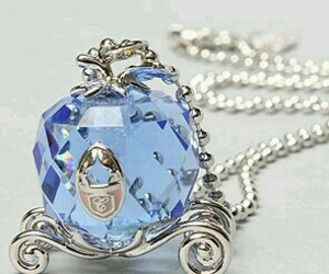 necklace and cinderella image