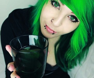 scene, emo, and green hair image