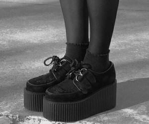 shoes, grunge, and creepers image
