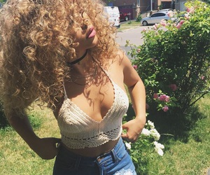 girl, curls, and curly hair image