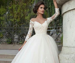 wedding dress and 😍 image