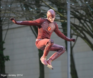 behind the scene, the flash, and thomas grant gustin image