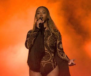 beyoncé, bet awards, and freedom image