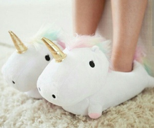 mignon, licorne, and chaussons image