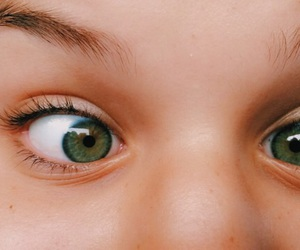 eyes, green, and olhos image