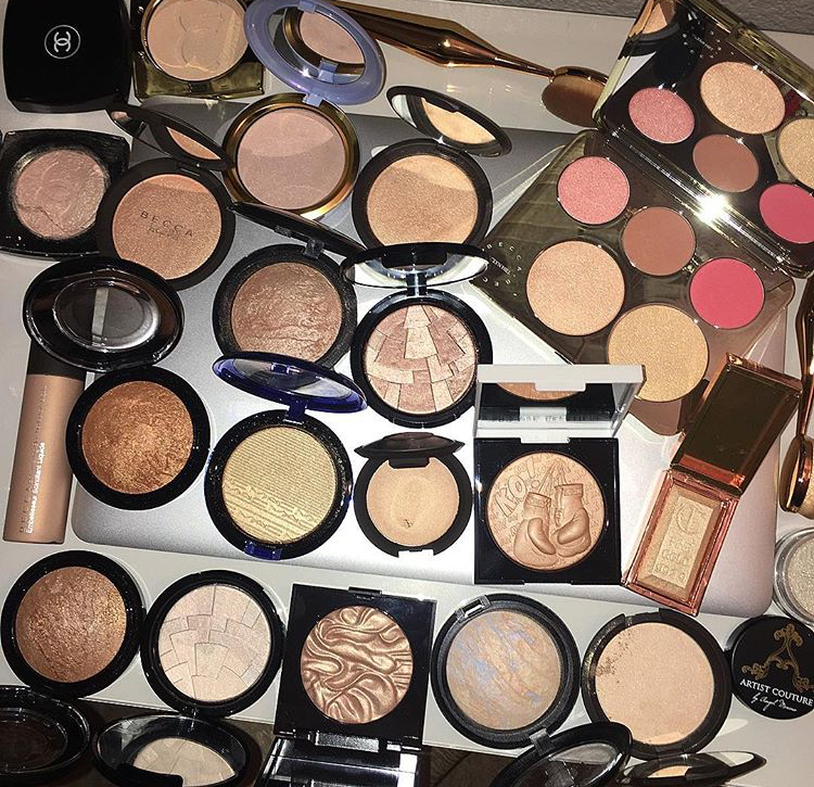 highlighter and makeup image
