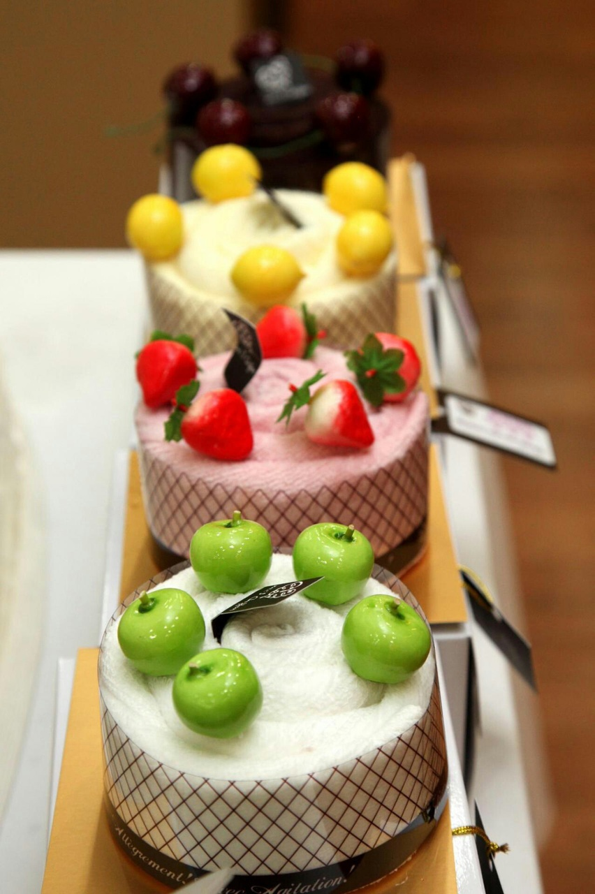 cakes and pastry image