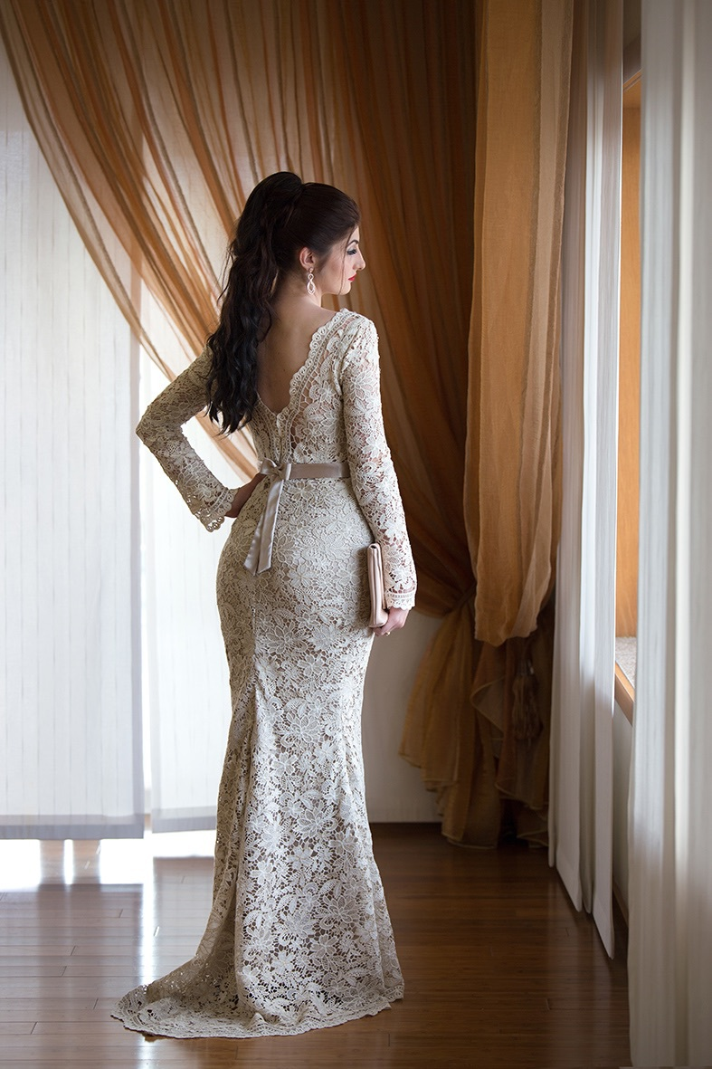 backless, golden, and lace image