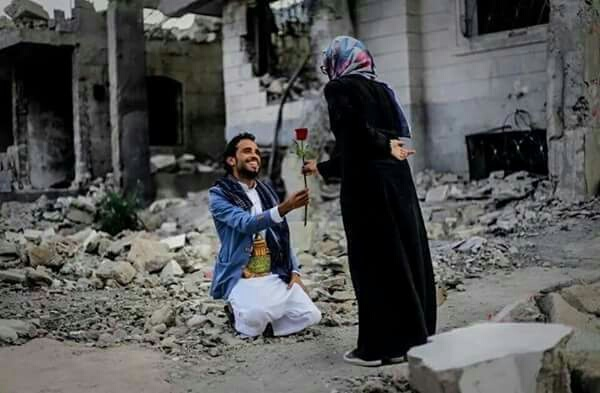 war, couple, and syria image
