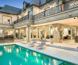 mansion enormus image