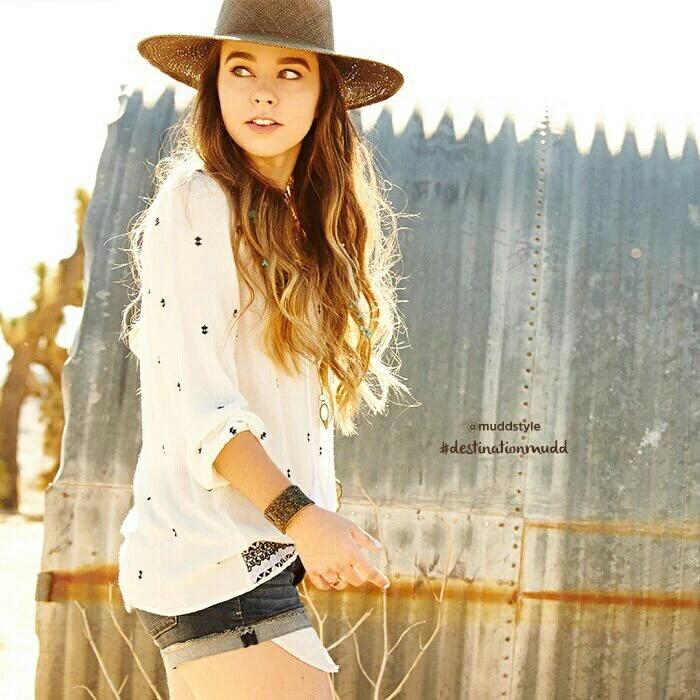 fashion and sierra furtado image