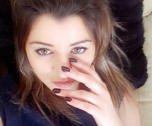 eleanor, hair, and nails image