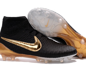 cheap nike soccer shoes image